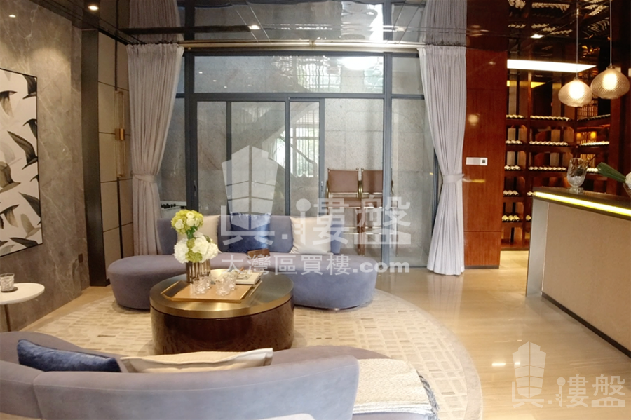 奧園泉林黃金小鎮別墅|總價200萬|香港高鐵直達|溫泉渡假屋 (實景航拍)